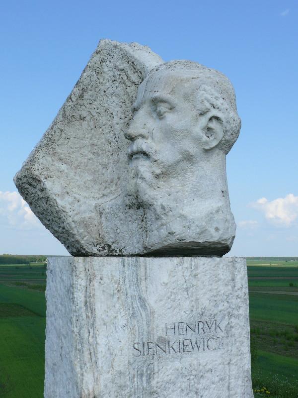 Kopiec Henryka Sienkiewicza w Okrzei